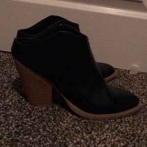 Dolce Vita Slip On Ankle Boots